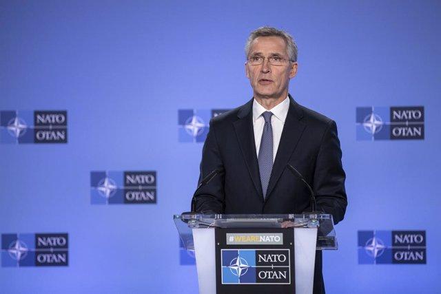 Irak.- Los países de la OTAN acuerdan asumir el mando de actividades de entrenam