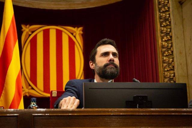 El president del Parlament de Catalunya, Roger Torrent, durante una sesión plenaria, en Barcelona /Catalunya (España), a 11 de febrero de 2020.