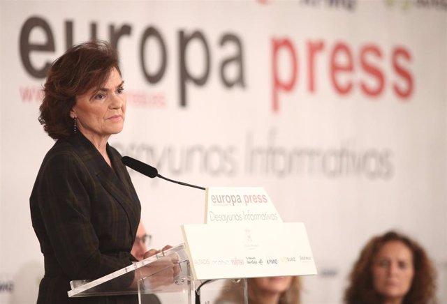La Vicepresidenta Primera del Gobierno y Ministra de la Presidencia, Relaciones con las Cortes y Memoria Democrática, Carmen Calvo, durante su intervención en un desayuno informativo de Europa Press, en Madrid (España), a 13 de febrero de 2020.