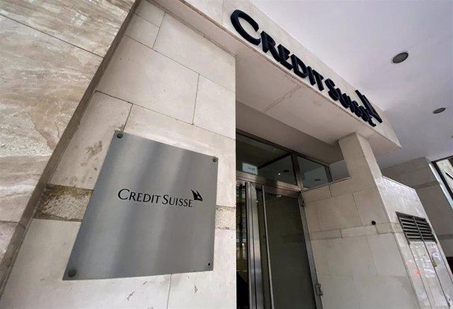 Entrada de la sede de Credit Suisse en Madrid (España), a 29 de enero de 2020.