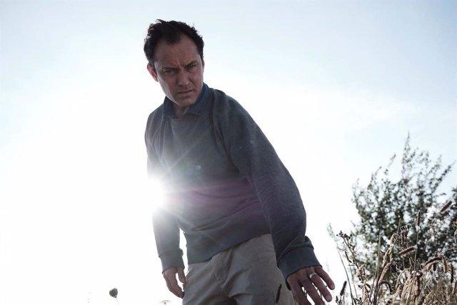 Jude Law en la serie 'El tercer día'
