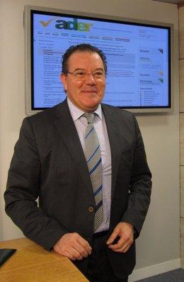 El gerente de la ADER, Javier Ureña, explica proyecto 'Eneco2'