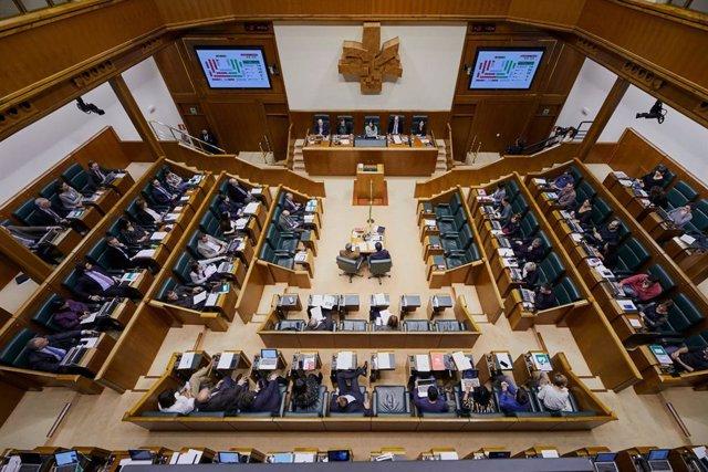 Pleno ordinario en el Parlamento Vasco