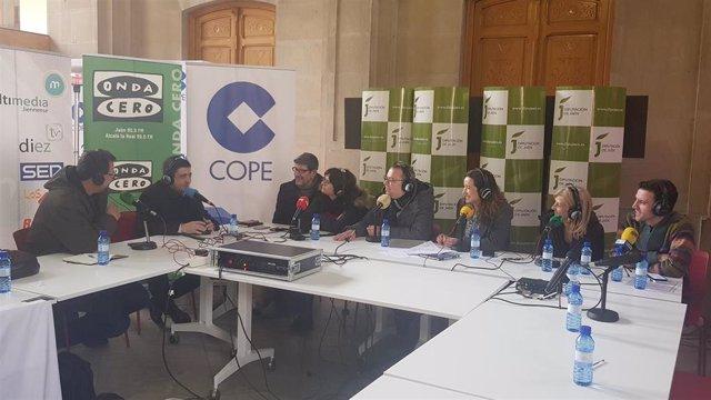 El presidente de la Diputación de Jaén, Francisco Reyes, participa en el Día de la Radio