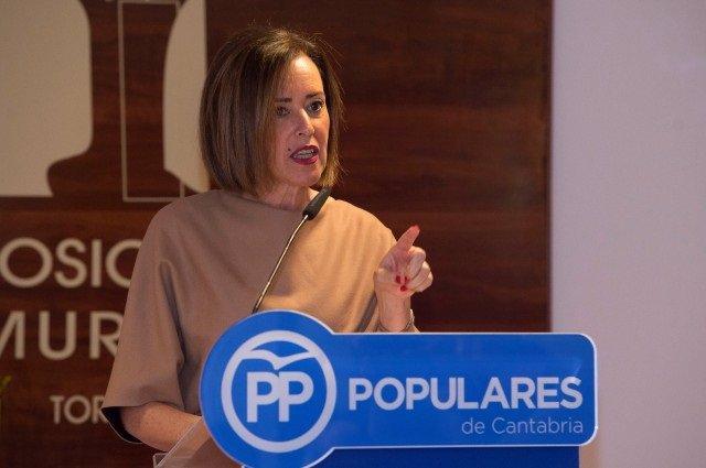 La portavoz del Partido Popular en el Ayuntamiento de Torrelavega, Marta Fernández-Teijeiro