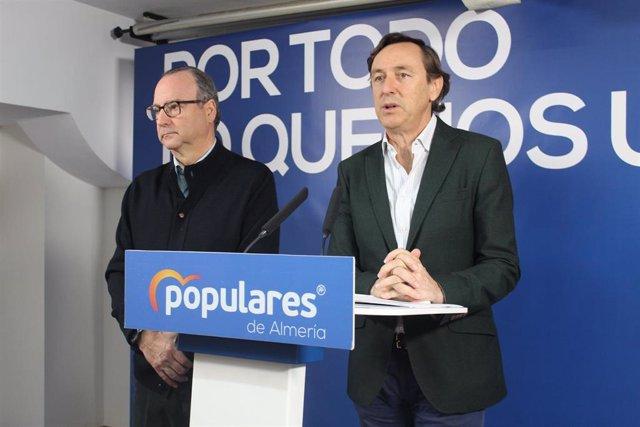 Los senadores del PP Luis Rogelio Rodríguez-Comendador y Rafael Hernando