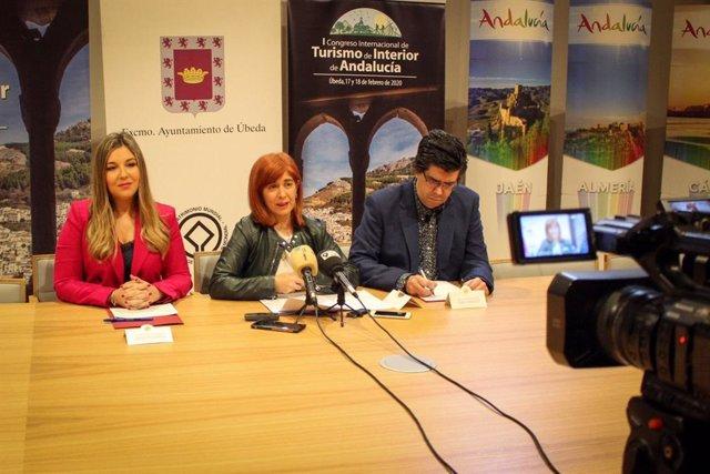 Presentación del I Congreso de Turismo Interior que se desarrollará el 17 y 18 de febrero en Úbeda