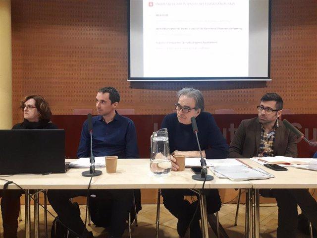 Presentación de la encuesta 'Participación y necesidades culturales en Barcelona' con J.Subirats