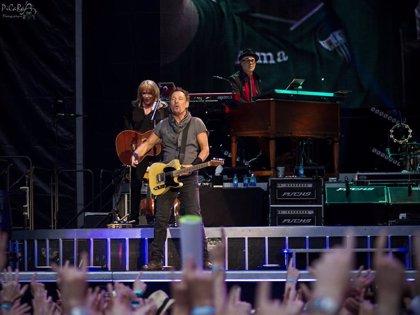 ¿Se retrasa el regreso de Bruce Springsteen & The E Street Band?