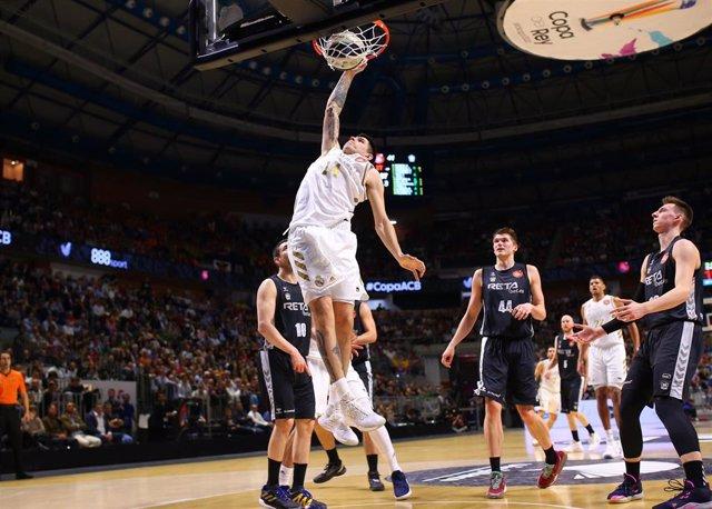 Deck machaca en el Real Madrid - Bilbao Basket