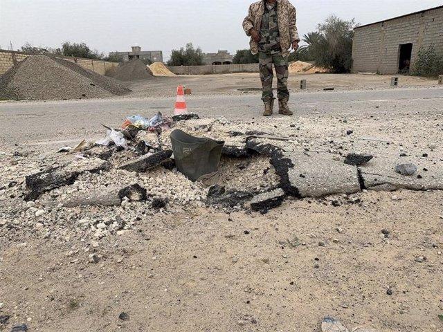 Libia.- HRW denuncia que las fuerzas de Haftar usaron bombas de racimo en un áre