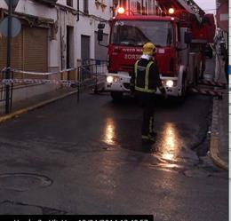 Bomberos intervienen en un incendio en la provincia de Málaga