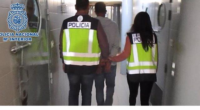 Detenido un hombre por raptar a su expareja durante más de siete horas en Madrid