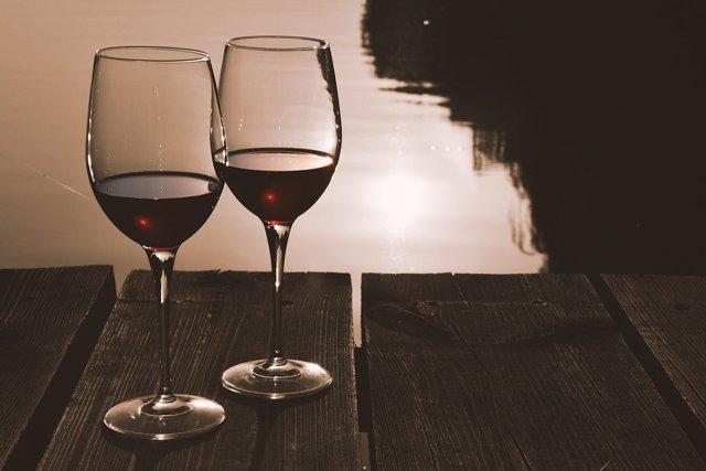 Vinos, vinos, brindis