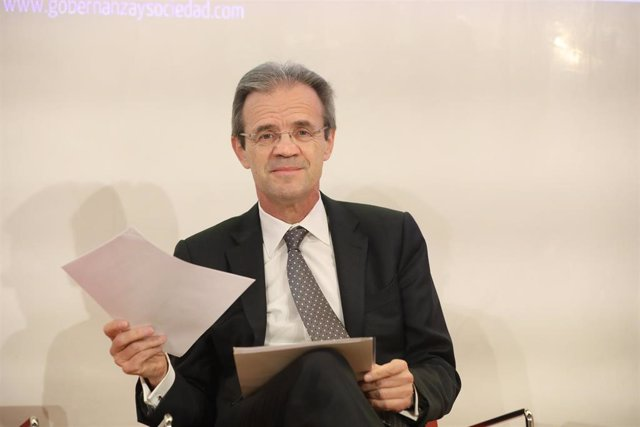 El presidente de CaixaBank, Jordi Gual, durante las jornadas IGS organizadas por el Instituto de Gobernanza y Sociedad sobre las prácticas de gobierno de empresas, organizaciones y asociaciones, en Madrid (España), a 14 de febrero de 2020.