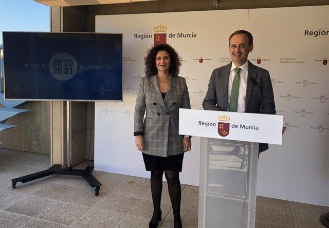 El consejero de Presidencia y Hacienda, Javier Celdrán, presenta el 'Plan de Formación 2020-2021' para los empleados de la administración pública de la Región
