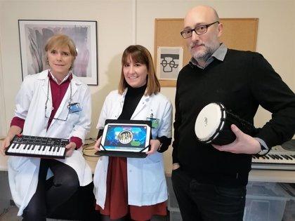Ensayan la terapia musical en casa para pacientes que han sufrido un ictus