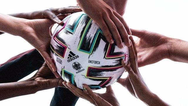 La UEFA y adidas presentan Uniforia, el balón oficial de la Euro 2020