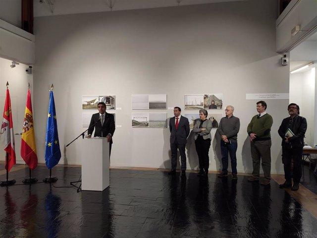 Presentación de 'Transversalidades' en el Museo de Salamanca.