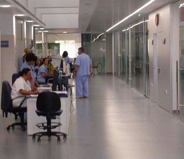 Pasillo Principal De La UCI Del Hospital De Valme De Sevilla