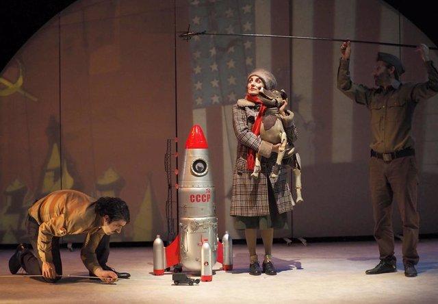 Obra de teatro sobre la perrita Laika, montaje de la compañía Xirriquiteula que se verá en málaga
