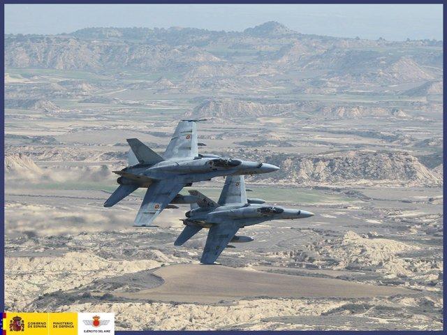 Dos cazas F-18 del Ala 12 del Ejército del Aire