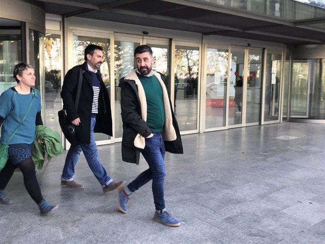 El concejal Pere Fuset sale de la Ciudad de la Justicia tras declarar por el accidente de Viveros