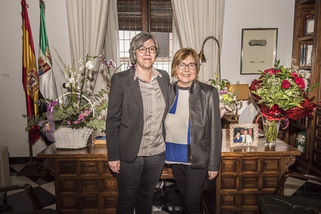 Leire Iglesias y Rosario Cordero mantienen una primera reunión institucional