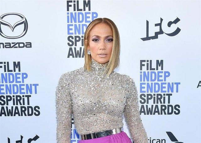 Jennifer Lopez en los Film Independent Spirit Awards 2020