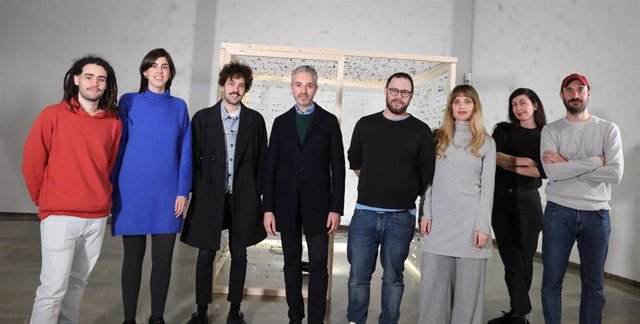 Presentación de la muestra 'Between debris and things'