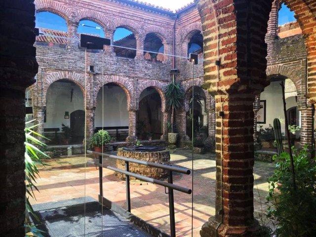 Estancias del centro de interpretación del Monasterio de Tentudía