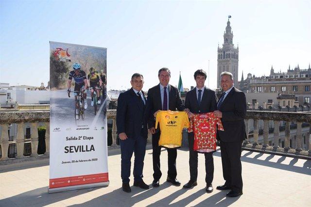 La Vuelta Ciclista a Abdalucía llega a Sevilla