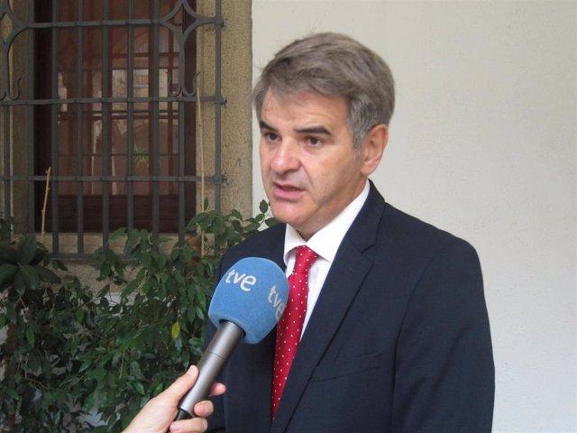 Ceciliano Franco, gerente del SES
