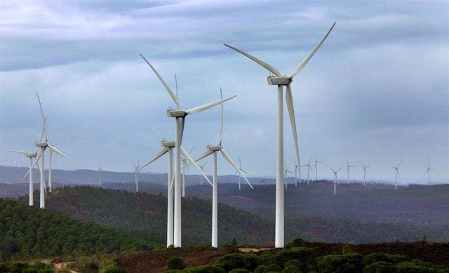 Parque eólico en el Andévalo