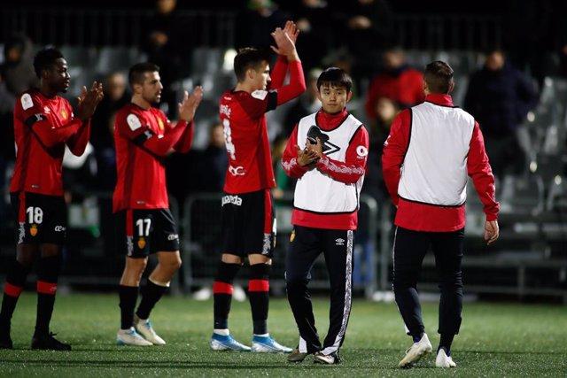 Los jugadores del RCD Mallorca celebran una victoria.