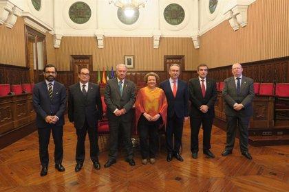 Los presidentes de las Agrupaciones y Consejos de Cofradías de Andalucía visitan el Palacio Provincial de Jaén