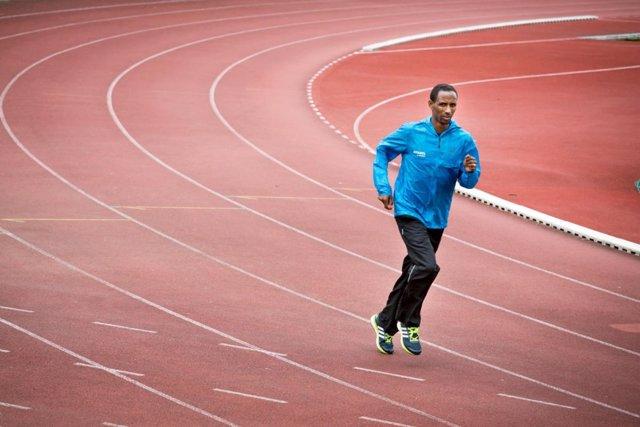 Yonas Kinde, durante un entrenamiento para los Juegos Olímpicos de Río 2016.