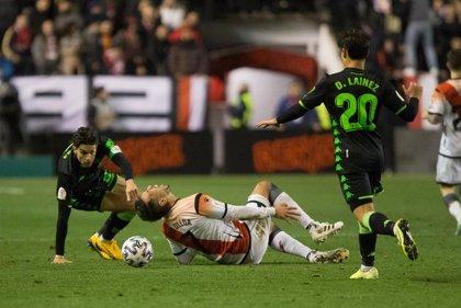 Leo Ulloa se despide de la temporada tras romperse el ligamento cruzado de la rodilla