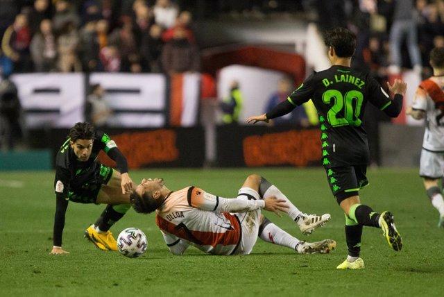 Fútbol.- Leo Ulloa se despide de la temporada tras romperse el ligamento cruzado