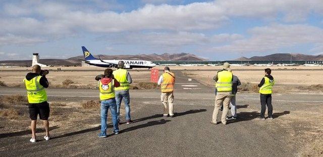 Unos 20 'spotters' españoles y europeos participan en III Open Day del Aeropuerto de Fuerteventura