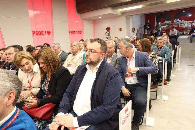 Adrián barbón en el Comité Federal del PSOE.