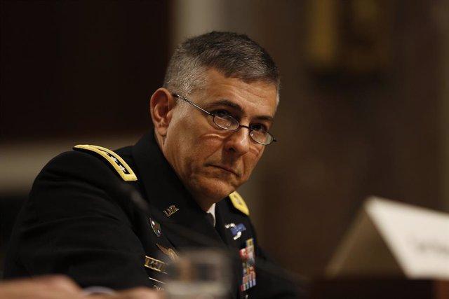 """Terrorismo.- EEUU pasa de """"degradar"""" a """"contener"""" a los yihadistas en África pes"""