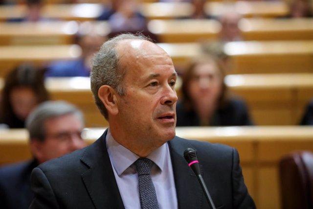 El ministro de Justicia, Juan Carlos Campo, interviene durante la primera sesión de control al Gobierno de coalición PSOE y Unidas Podemos de la XIV Legislatura en el Senado, en Madrid (España), a 11 de febrero de 2020.