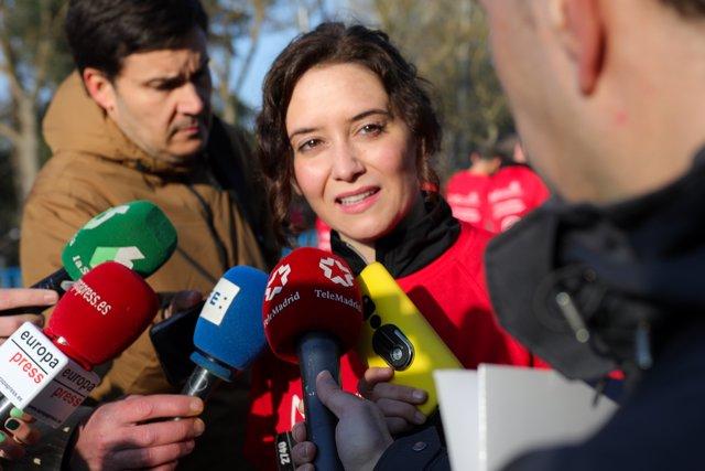 La presidenta de la Comunidad de Madrid, Isabel Díaz Ayuso, interviene ante los medios en IX Carrera por la Salud Mental organizada por la Fundación Manantial, en Madrid a 16 de febrero de 2020