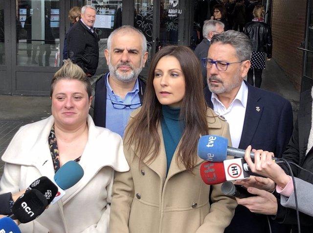 La líder de Cs en Catalunya, Lorena Roldán, en declaraciones antes de asistir a las XXIII Jornadas Conmemorativas del Día de Andalucía en L'Hospitalet de Llobregat (Barcelona)