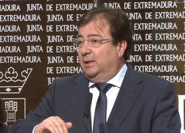 Guillermo Fernández Vara se refiere al coronavirus en una rueda de prensa