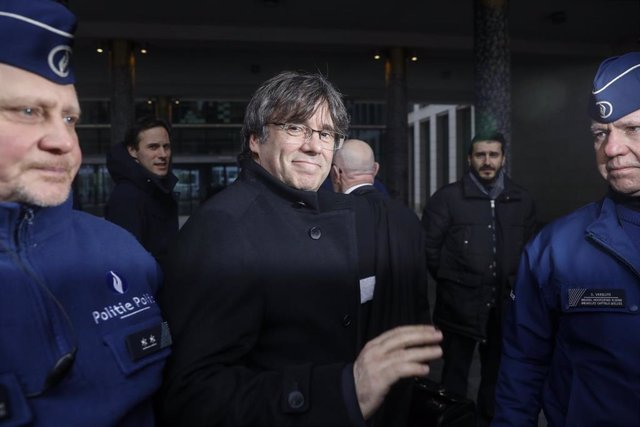 Puigdemont hearing on EU arrest warrant in Brussels