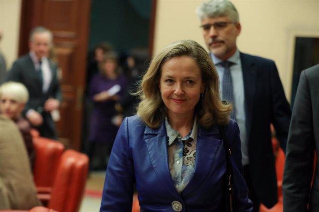 La vicepresidenta tercera del Gobierno y ministra de Asuntos Económicos y Transformación Digital, Nadia Calviño, en el Congreso de los Diputados.