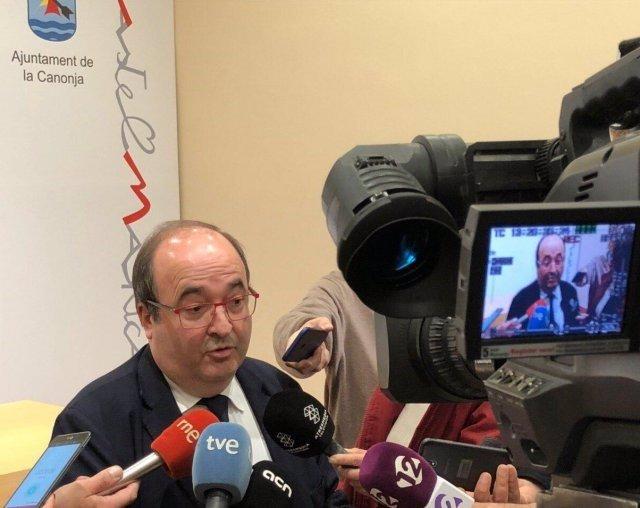 Miquel Iceta (PSC) en declaracions als mitjans a la Canonja (Tarragona).