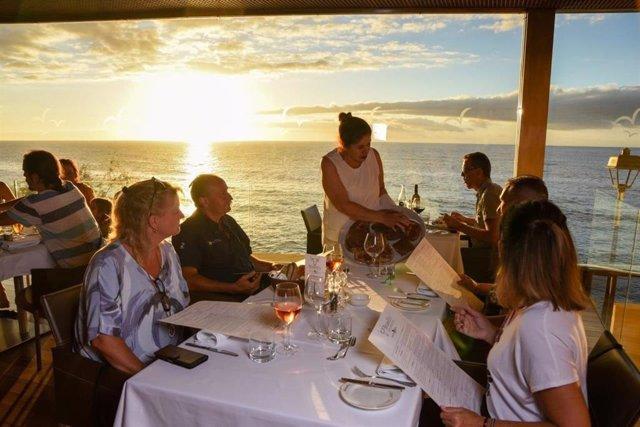 Brunelli's Steakhouse recibe el premio Qué Bueno Canarias 2020